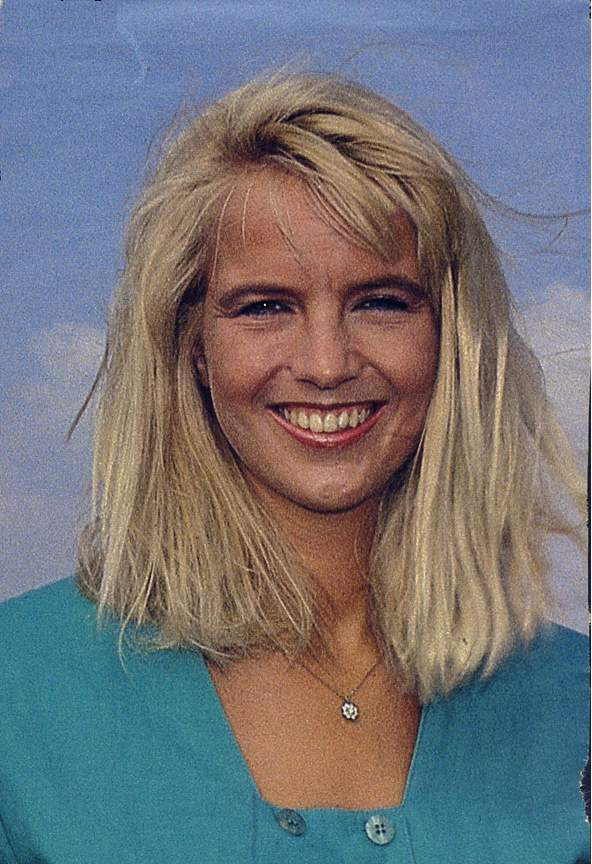 Linda de mol in trouwjurk